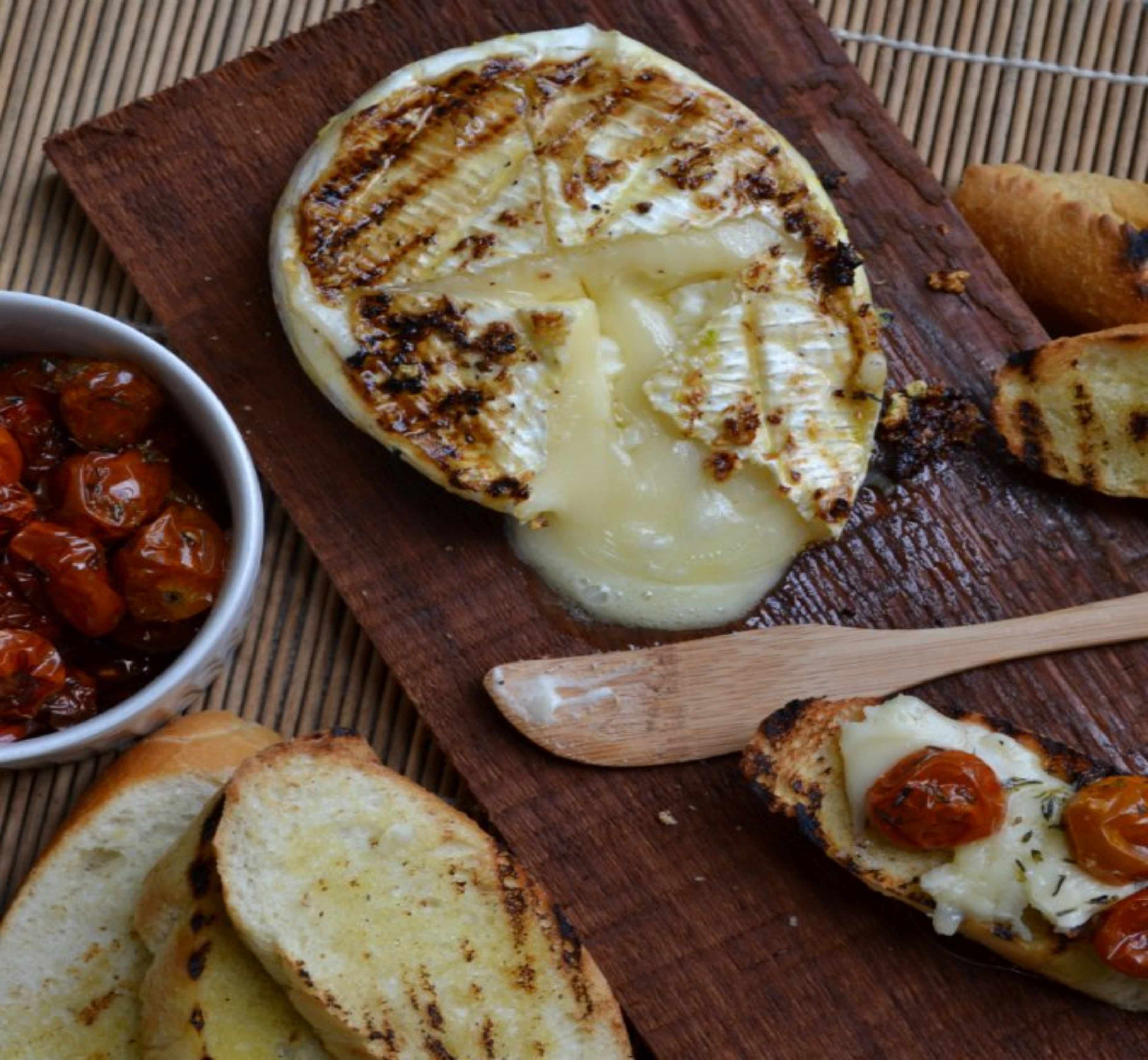 Grilled-Brie-Honest-Cooking-002