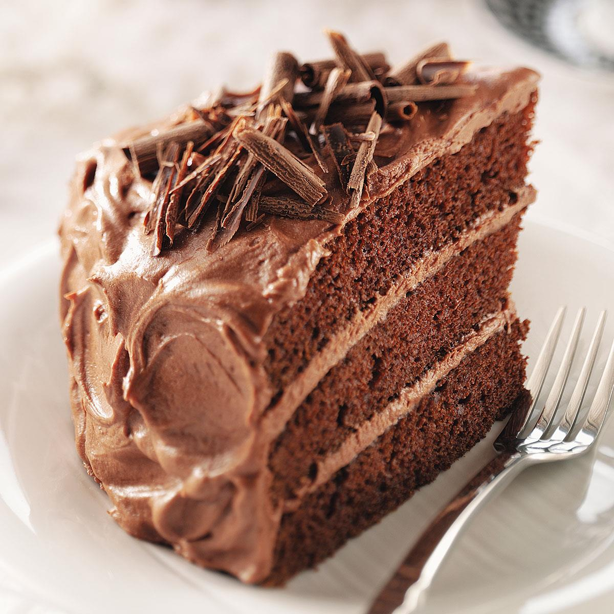 Best-Chocolate-Cake_exps47786._THCA1917912C10_02_1bC_RMS