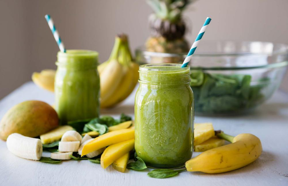 Green-Smoothie-Recipes-Beginners-Luck-1